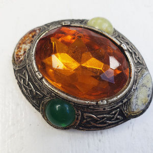 50s Scottish agate inspired costume brooch.
